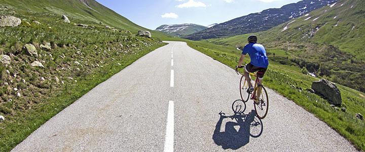 Klimmende fietser Frankrijk