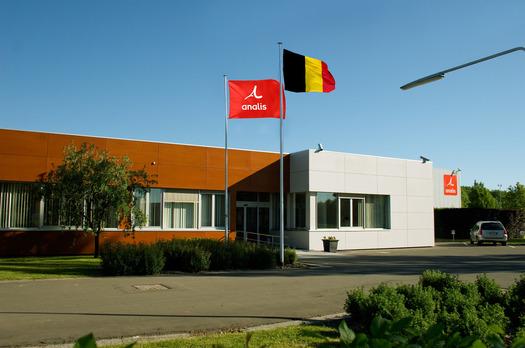 Large_analis-rhisnes-drapeau-15x10cm