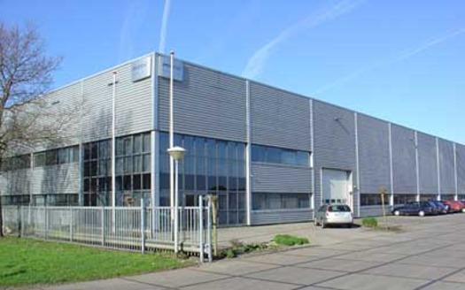 Large_gebouw1