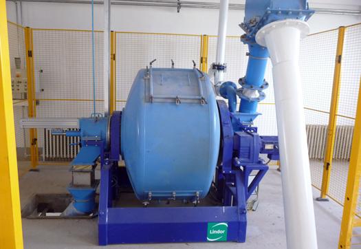 Large_gentle-touch-mixers-voor-de-metallurgische-industrie