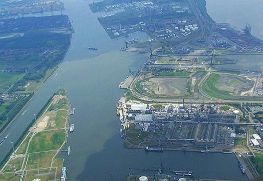 Large_overslag_haven_van_antwerpen_piekt_richting_200_miljoen_ton