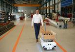 News_big_logistiek_medewerker_opgevolgd_door_transportrobot