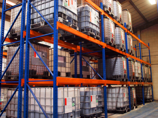 Large_warehouse2_small