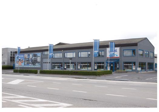 Large_voorkant_gebouw