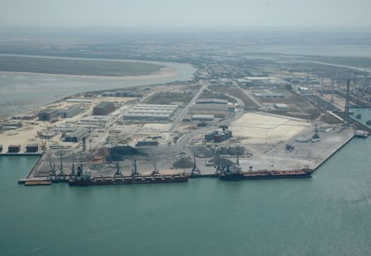 Large_port_of_cadiz