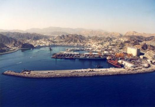Large_port_sultan_qaboos