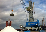 News_big_gottwald_mobile_harbour_crane